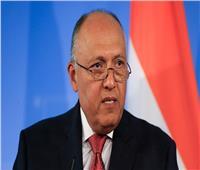 شكرى ونظيره اليوناني يبحثان بالقاهرة العلاقات الثنائية والقضايا الإقليمية