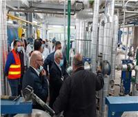 محافظ بورسعيد يتفقد مصنعى انتاج وتعبئة الزيوت وتكرير زيت الطعام