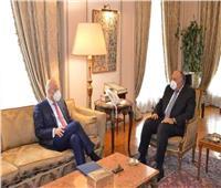 شكري ونظيره اليوناني يبحثان تعميق وتطوير علاقات التعاون بين البلدين