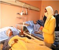وزيرة الصحة: جميع مصابي قطار طوخ يتلقون العلاج والرعاية اللازمة