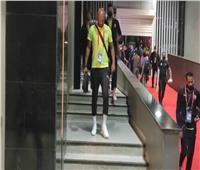 مباراة القمة | لاعبو الزمالك يتفقدون أرضية استاد القاهرةاستعدادا للأهلي