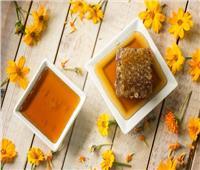 """فوائد بالجملة.. نوع من عسل النحل مميز و""""غامق اللون"""""""