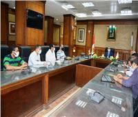 تفعيل «الأون لاين» بالمراكز التكنولوجية لخدمة المواطنين بسوهاج
