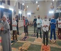 لليوم الثامن.. المساجد تستقبل ضيوف الرحمن لصلاة التراويح في الجيزة  صور