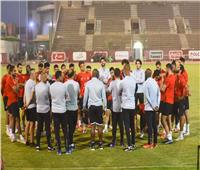 موسيماني يحاضر اللاعبين استعدادًا لمواجهة سموحة في بطولة الدوري الممتاز