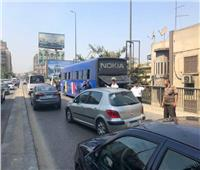 كثافات مرورية متحركه بشوارع وميادين الجيزة