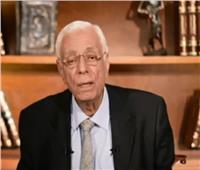 حسام موافي يكشف العلاقة بين البصل والثوم وانتفاخ القولون| فيديو
