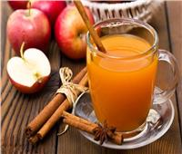 عصائر رمضان| كيفية تحضير عصير التفاح بالقرفة والعسل في المنزل