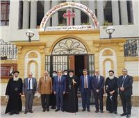 رئيس جامعة الزقازيق يزور مطرانية للترتيب لحفل العائلة المقدسة بتل بسطة