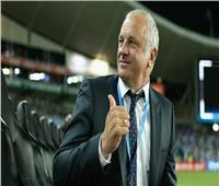 مدرب منتخب أستراليا يتحدث عن المواجهة المرتقبة ضد «صلاح وميسي وراموس»