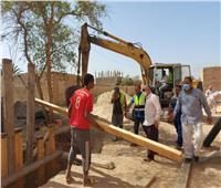 استكمال مشروعات المبادرة الرئاسية «حياة كريمة» في إسنا