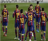 برشلونة يضرب خيتافي بثلاثية في الشوط الأول