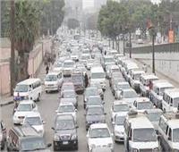 الحالة المرورية... سيولة في حركة السيارات بمحاور القاهرة والجيزة