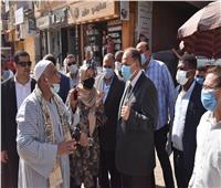 محافظ أسيوط يتفقد أعمال الرصف بمركز القوصية تزامناً مع احتفال العيد القومي