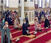 فيديو| الرئيس السيسي يؤدي صلاة الجمعة بمسجد المشير طنطاوي
