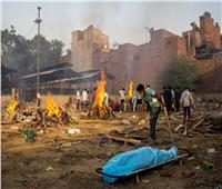 تقرير| كورونا في الهند وضع كارثي ينذر بمأساة إنسانية