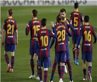 «ميسي وجريزمان» يقودان هجوم برشلونة أمام فياريال في «الليجا الإسبانية»