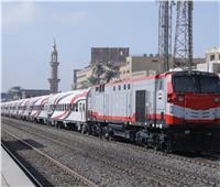 حركة القطارات| ننشر التأخيرات بين قليوب والزقازيق والمنصورة
