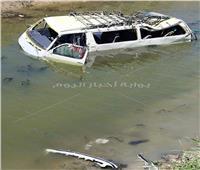 إصابة 5أشخاص إثر إنقلاب سيارة ميكروباص في ترعة بأبو المطامير بالبحيرة  صور