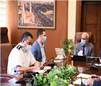 محافظ بورسعيد يتابع سير مستجدات أعمال لجنة تخريد السيارات