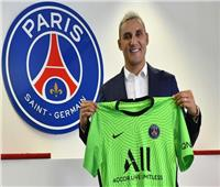 باريس سان جيرمان يعلن تجديد عقد حارسه حتى صيف 2024