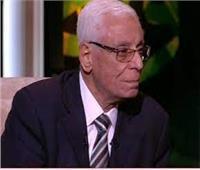 حسام موافي: الغدة الجار درقية لها أهمية كبيرة في جسم الإنسان