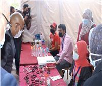 جامعة عين شمس تفتتح «سوق الخير» بكلية التجارة