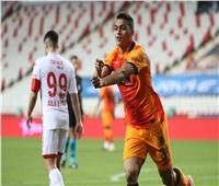 «كورونا» يهاجم 3 لاعبين بجالاتا سراي التركي