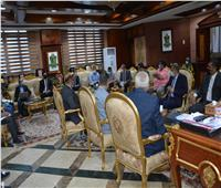 محافظ المنيا يقرر تشكيل لجنة مشتركة مع الشركة المصرية للإتصالات لتعظيم موارد الدولة