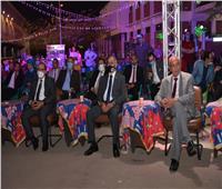 رئيس جامعة أسيوط يشهد وقائع برنامج ليالي رمضان في القرية الأولمبية