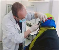تقديم الخدمات الطبية لـ1310 حالات خلال قافلة بـ«المنيا»