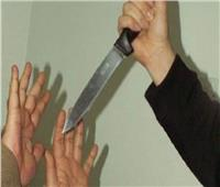 «سدد لها عدة طعنات».. شاب يقتل أمه قبل السحور بعد إنقاذها له من الانتحار
