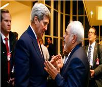 الرئيس جو بايدن في مأزق بسبب جون كيري ومحمد ظريف