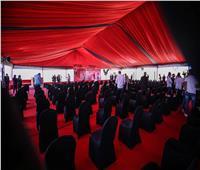 خيمة عملاقة استعدادًا لاحتفالية وضع حجر الأساس لاستاد الأهلي