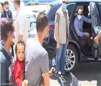 تاكسي هدية الرئيس لشاب «دليفرى»| فيديو