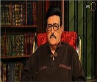 «أديب» يكشف تطورات الحالة الصحية لـ سمير غانم ودلال عبد العزيز