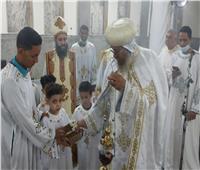 في أجواء احتفالية.. الأنبا يواقيم يترأس صلوات عيد القيامة المجيد بإيبارشية إسنا وأرمنت