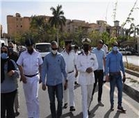 رئيس جهاز «القاهرة الجديدة» يقود حملة لرفع الإشغالات وضبط الشارع