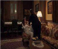 إلهام تحاول قتل ابنتها ملك في مسلسل «النمر»