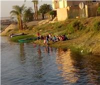 بدء توافد المواطنين على شواطئ النيلبسوهاج احتفالا بشم النسيم  صور