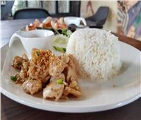 مطبخ رمضان| وصفة صحية وسريعة لشرائح الدجاج بالثوم
