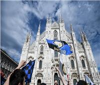 أفراح جماهير إنتر ميلان بلقب الدوري الإيطالي الغائب منذ 11 عامًا| فيديو