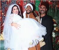 «ملبن مصر».. سمية الخشاب تجمع أحمد سعد ومحمد رمضان «في كوشة واحدة»