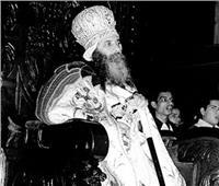 تحذير تاريخي من البابا شنودة.. المحمول كارثة على الرهبان