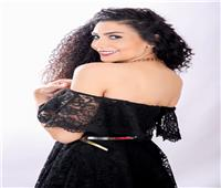 «أسماء عمرو» تعيش حالة من السعادة بعد نجاحها في «ولاد ناس»