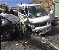 مصرع وإصابة 4 عمال فيتصادم بين سيارتين بالشرقية