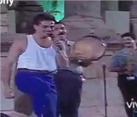 رواد السوشيال ميديا يتداولون فيديو للهضبة بطريقة ساخرة