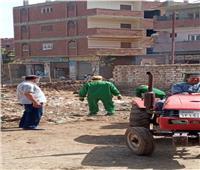 رفع 175 طن من المخلفات والقمامة من قرى الشهداء بالمنوفية   صور