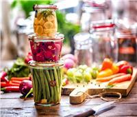 بينها المخللات.. أطعمة لها تأثير إيجابي على الجهاز الهضمي
