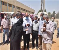 محافظ أسيوط : تقديم كافة التسهيلات للمزارعين أثناء عملية توريد القمح